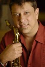 Concierto de Bobby Mart�nez en cuarteto en el Caf� Central